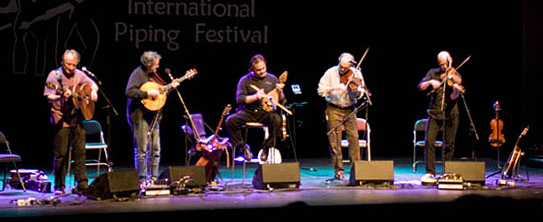 Andy Irvine with Mosaic at the William Kennedy Piping Festival 2009